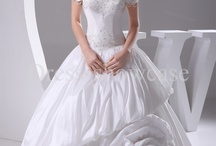 Wedding dresses  / by Phonevimonh Luangsouphom