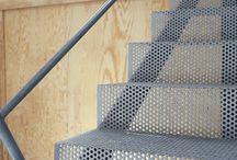 Acél lépcső