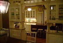 dream kitchen / by Leslie Risner