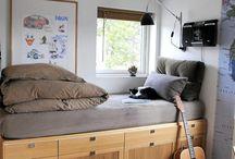 Подоконник диван
