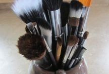Beauty Tips and Makeup Ideas / by Paula Underhill