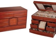 Jewelry Box / A jewelry box is a judicious choice for protection and care of your jewelry collection. Your treasured earrings, necklaces and bangles can become a tangled mess without the right storage. Why let it be so when you can easily organize your jewelry pieces and accessories in a suitable jewelry box.