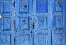Beautiful old doors / by Wendy Levitzke