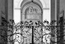 {gated}