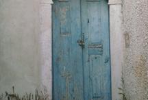 Doors, Opens, Gates