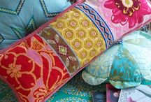 pillows / by Zita Donkó