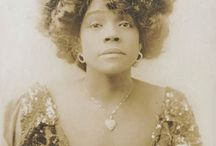All Things Aida / I love her!!! Mrs. Aida Overton Walker, international singer, dancer, choreographer, actress. Born in Richmond, Virginia, Aida was married to and performed with the famous Vaudeville performers, Williams and Walker--Aida was married to Walker.