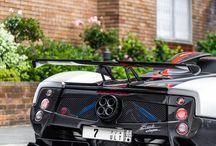 Pagani , Lamborghini , Bugatti i Ferrari