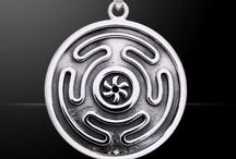 Amulet pendants / To have the pendants with you all times