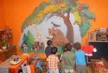Falra festett kép - Wall painting