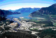 Squamish / Squamish is a small town located between Whistler and Vancouver.  One of the most beautiful towns to live in