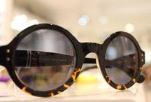 S E N S S S / Gafas con sentido. Diseñadas y fabricadas totalmente en España de manera casi artesanal. Acetatos y lentes de alta calidad y distribuciones exclusivas. En Valencia las puedes encontrar en Optica Ciscar.  Recuerda que puedes hacer tus pedidos vía Mail info@opticaciscar.com