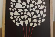 Svadobný strom / Originálne a jedinečné obrazy svadobného stromu s menami mladomanželov a dátumom svadby. Na listy alebo srdiečka sa podpisujú hostia