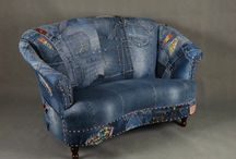 Couch Coverd in used Jeans