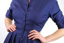 Marineblå kjoler