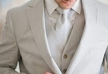 Wedding : groom suit / by Valentine Boillat