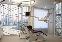 Déco pour les pros / Découvrez ici des idées et exemples de décors chez les professionnels : cabinets dentaire, restaurant, théâtre, hôtel, salle d'attente...