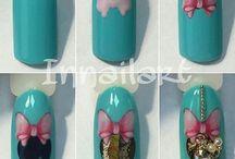 Nails turiolal