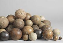 Formas y/o materiales Colecciones / Colecciones en lo que prevalece es la forma del objeto o su material, o en algunos casos ambas cosas.