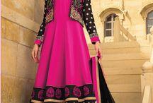 Pakistani suit / http://www.angelnx.com/