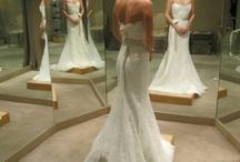 Wedding Dresses & Ideas / by Lindsay Slonecker