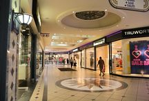 Award Winning Growthpoint Properties Lighting Project - South Africa / Growthpoint Properties, a project undertaken by Aurora in South Africa, was awarded the Lux Award for International Lighting Project of the Year 2014.