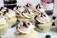 Cupcakes / by Amanda Chilcote