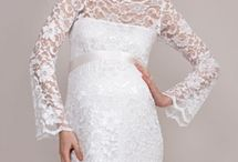 Maternity dresses for special moments