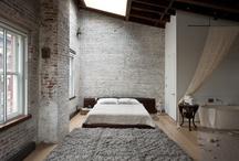Aranżacja wnętrz / Meble, ściany, mozaika, framugi, okna, płytki