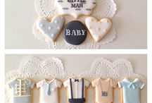 Cookies & Cupcakes Inspiration for Baby Showers / This board provides ideas and inspiration for parents looking to bake some cookies and cupcakes for their newborns baby shower! Go through and pin the stuff you like!