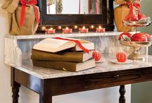 Holiday Inspiration / Designs and set up by Champagne & Strawberries
