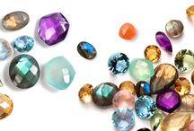 Clasificación De Piedras Preciosas y Semipreciosas / En nuestro último post te aclaramos la verdadera clasificación de las piedras preciosas y semipreciosas: https://tendenciasjoyeria.com/clasificacion-piedras/