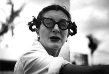 ..STANLEY KUBRICK.. / (New York, 26 luglio 1928 – St Albans, 7 marzo 1999) è stato un regista, sceneggiatore, produttore cinematografico, direttore della fotografia, montatore, scenografo, creatore di effetti speciali e fotografo statunitense naturalizzato britannico, considerato tra i maggiori cineasti della storia del cinema. / by a lady with a cat