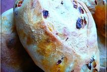 kifli kenyér zsemle