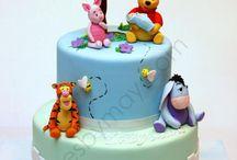Winnies the Pooh cake