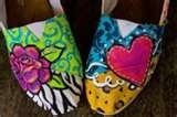 SHOES<3 / by Laura Peralta