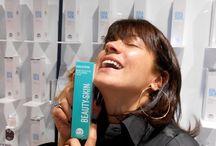 Ana Laura Ribas at Cosmetics Milano / Ana Laura Ribas adora i prodotti Cosmetics Milano