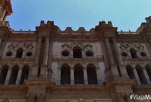 Catedral de la Encarnación y alrededores. / La imponente Catedral de Málaga, sus jardines, su museo... Pasear y conocer todos los rincones de Málaga, ¡será todo un placer!