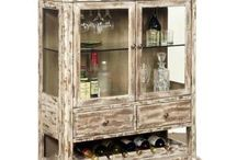 Farmhouse Style / A little bit rustic, we're pinning elements of casual style here.