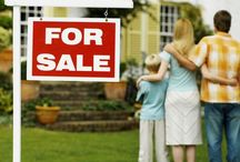 Sell That House! / by Lauren Leinhaas-Cook