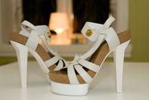 Sweet sweet feet ;] / How I like to dress up my feet. / by Holls
