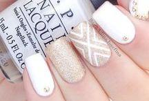 τέλεια νύχια