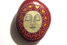 CRAFTS -PAINTED ROCK ART