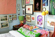 Art in the Bedroom / Art inspiration for your bedroom.