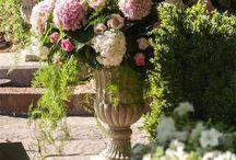 Events management by Narmino Sorasio florist // événements que nous avons gérés / Quelques photos des événements dont nous avons géré la décoration, en intérieur comme en extérieur. A l'occasion de mariages ou de baptêmes par exemple, avec de superbes bouquets et fleurs que nous composons au cas par cas. Narmino Sorasio est un fleuriste décorateur installé à Monaco depuis 1905.