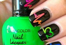 Nails ^-^