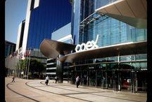 서울국제핸드메이드페어 2014 / 서울산업진흥원은 2014년 9월 17일부터 20일까지 코엑스에서 서울시 온라인 쇼핑몰인 함께누리(http://www.hknuri.co.kr)에 입점하신 20여개 기업의 서울국제핸드메이드페어 참가를 지원해 드렸습니다. 이번 전시회는 16개국 400여개 사가 참가한 국제행사입니다.