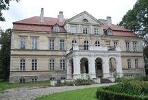 Kijany - Pałac / Pałac w Kijanach wybudowany został około 1850 roku i przebudowany około 1880 roku przez Stanisława Sonnenberga, wg projektu Apoloniusza Pawła Nieniewskiego. Spalony w 1926 roku, odbudowany rok później. Po II wojnie św. siedziba Technikum Rolniczego. Obecnie stoi pusty.