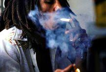 Bob Marley / The life of Reggae and Jamaican singer Bob Marley.