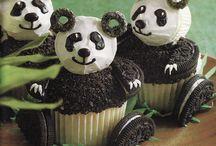 Dream Birthday Party / Panda theme Party! @Kiwi Crate + @Tiny Prints / by Robin O
